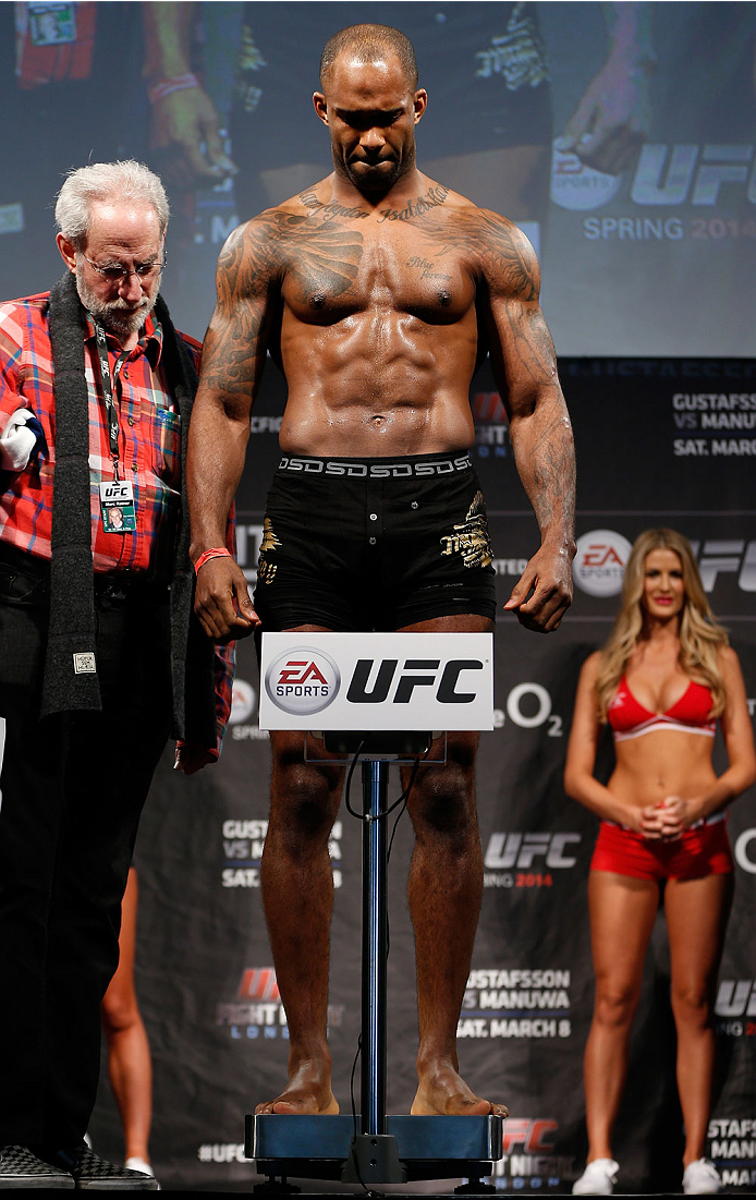 ufnlondon_weighins_032.jpg
