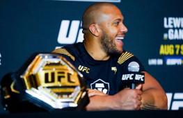 Медицинские отстранения участников турнира UFC 265