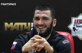 Артур Бетербиев - пресс-конференция после победы нокаутом над Дайнесом (видео)