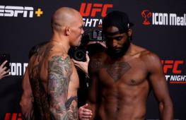 Фото: Взвешивание участников UFC Fight Night 192
