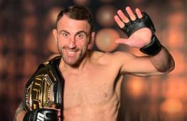 Чемпион UFC Волкановски назвал условие для боя с Забитом Магомедшариповым