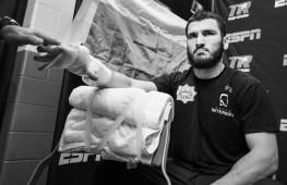 Бой Артура Бетербиева в России пройдет 9 октября в Москве