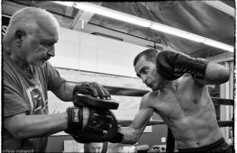 Фото: Дарчинян готовится к чемпионскому бою с Куэлларом