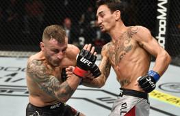 Джон Маккарти о судействе боя Холлоуэй — Волкановски: UFC выбрала некомпетентных судей