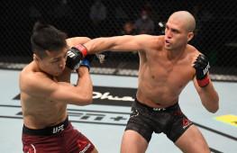 Нокаут за 51 секунду, нокдаун локтем с разворота: Лучшие моменты турнира UFC Fight Island 6