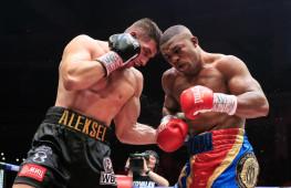 Бой Папина и Макабу за титул WBC может пройти в сентябре