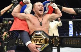 Даниэль Кормье оценил значимость титула чемпиона Петра Яна после ухода Генри Сехудо