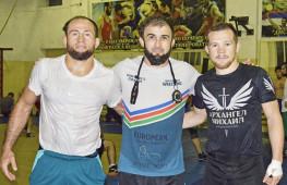 Петр Ян и Стерлинг обсудили пользу тренировок по борьбе в Дагестане