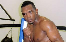 Гомес: Мы хотим организовать бой Туреано Джонсона с Головкиным