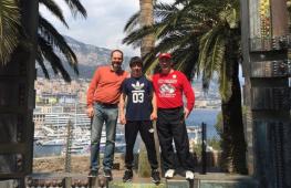 Кадр дня: Сослан Тедеев с командой перед боем 6 мая в Монако