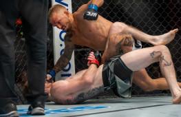 Диллашоу победил Сэндхагена в главном бою турнира UFC on ESPN 27
