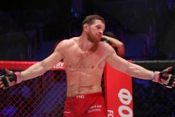 Тренер Исмаилова: Единственная опасность Минеева — его удары ногами