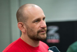 Грэг Джексон: Из-за сделки UFC с Reebok я потеряю много денег