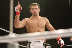 Маирбек Тайсумов и Магомед Мустафаев одерживают победы на UFC Fight Night