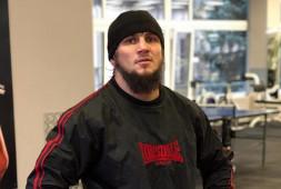 Али Багов отказался от титула чемпиона АСА в легком весе и переходит в полусредний вес