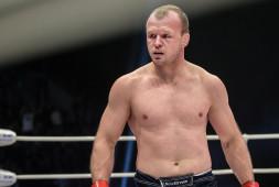 Объявлена дата и место боя Александра Шлеменко на турнире Хабиба Нурмагомедова