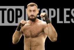 Гаджи «Автомат» Наврузов дебютирует в профессиональном боксе 5 ноября в Сочи