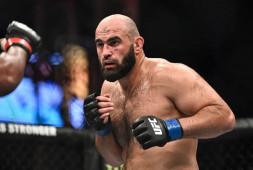 Два российских бойца сняты с UFC on ESPN 28