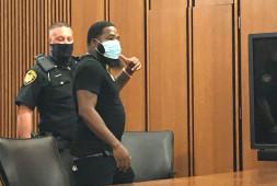 Эдриэн Бронер приговорен к 7 дням заключения