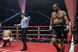 Рахим Чахкиев вызвал на бой Александра Емельяненко