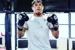 Даррен Тилл критикует бокс: Они только вызывают друг друга, но никто не дерется