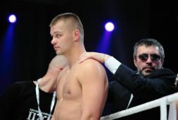 Пчельников: Глазков заработает около $550 тысяч за бой с Мартином