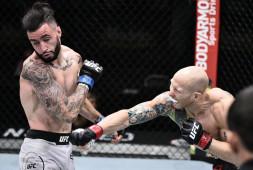 Эммет и Бургос закатили сражение, восхитившее четверых чемпионов UFC