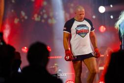 Федор Емельяненко может завершить карьеру боем с Броком Леснаром в Москве, заявил глава Bellator