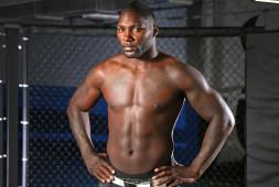 Энтони Джонсон переходит в Bellator из UFC