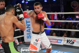 Гогохия победил Кирию на турнире Kunlun Fight 35