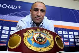 Артур Абрахам станет почетным гостем вечера бокса в Сочи