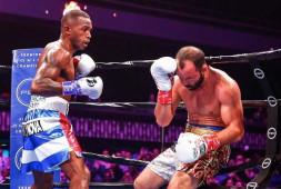 Эрисланди Лара завоевал титул WBA Regular