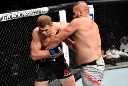 Жумагулов, Гришин и Богатов проиграли в дебютных боях в UFC