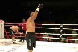 Желько Маврович успешно провел показательный бой