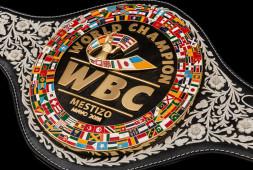 Кадр дня: Пояс WBC для боя Канело-Сондерс