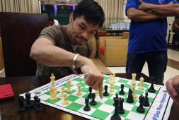 Мэнни Пакьяо нашел себе соперника за шахматной доской