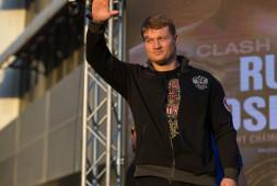 Денис Лебедев уверен, что Александр Поветкин вернется на ринг