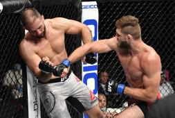 Дебютант UFC Прохазка нокаутировал Оздемира, удивив бойцов UFC
