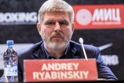 Андрей Рябинский о бое Алексея Папина и Руслана Файфера (видео)