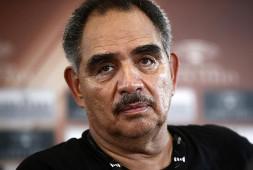 Абель Санчес: Канело нокаутирует Ковалева ударом в корпус