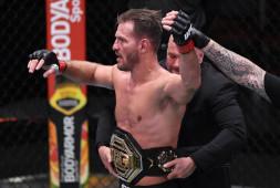Меньше миллиона долларов заработал величайший тяжеловес в истории UFC Стипе Миочич, Кертис Блейдс дал оценку гонорара