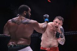 Евгений Гончаров победил Тони Джонсона и стал чемпионом АСА в тяжелом весе