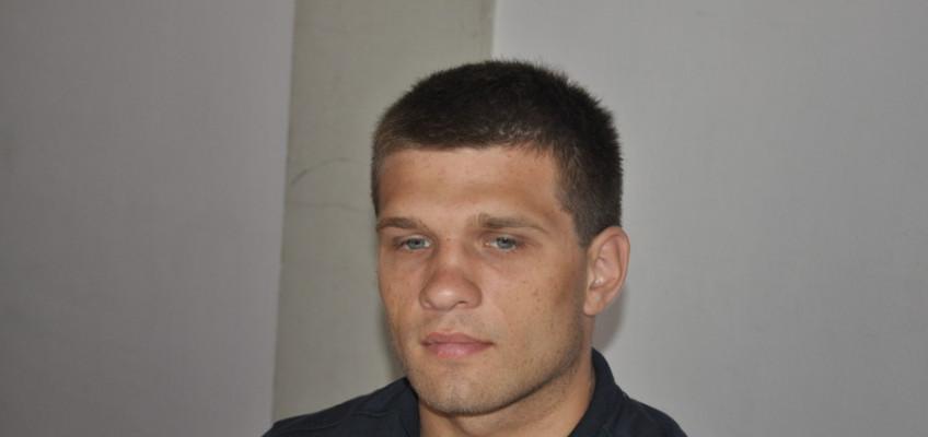 17 апреля: Сергей Деревянченко встретится с Элвином Айялой