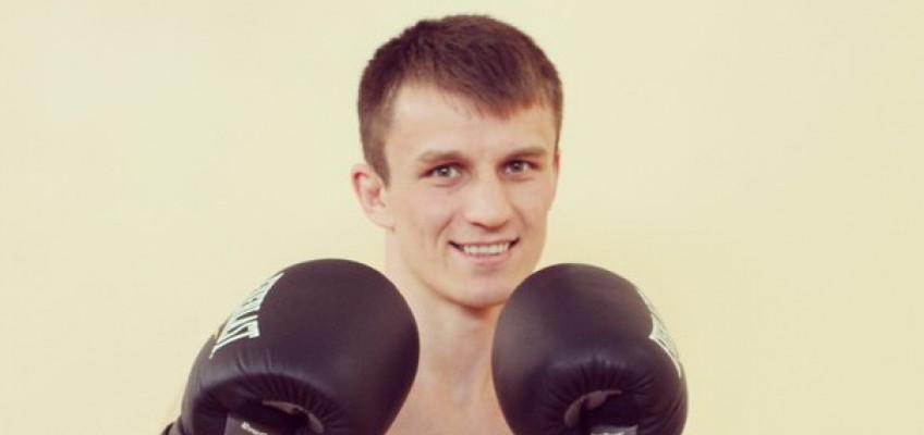 Ариф Магомедов победил Дарнелла Буна в первом раунде (+ видео)