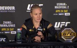 Видео: Пресс-конференция после UFC 261