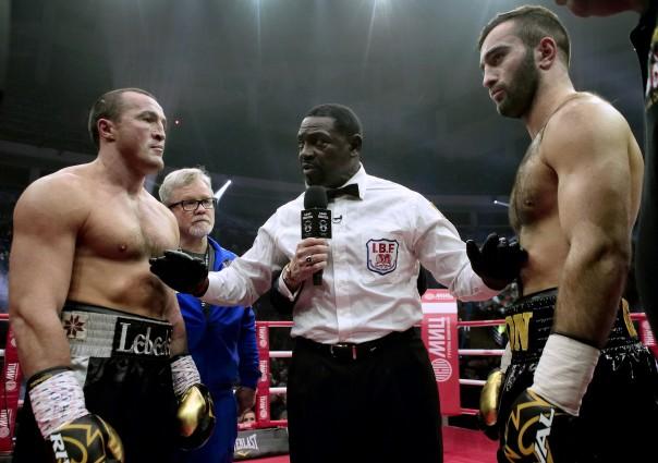 Боксер Лебедев обратился в клинику после боя сМуратом Гассиевым