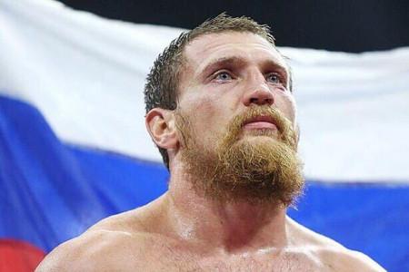 Всемирная боксерская суперсерия: Усик— главный фаворит напобеду
