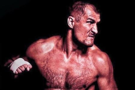 Видео: Тренировки Сергея Ковалева перед боем с Андре Уордом
