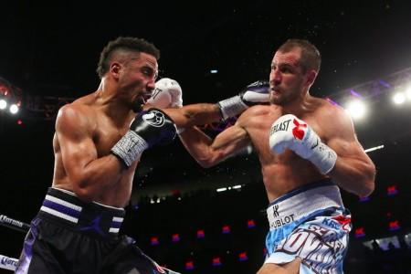 Житель россии Ковалев потерял чемпионские пояса, уступив американцу Уорду— Скандальный бой