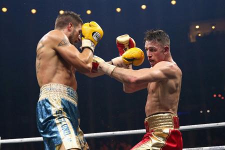 Смит победил Скоглунда ивышел вполуфинал глобальной суперсерии бокса